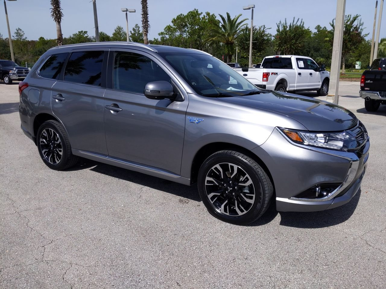 Pre-Owned 2018 Mitsubishi Outlander PHEV GT